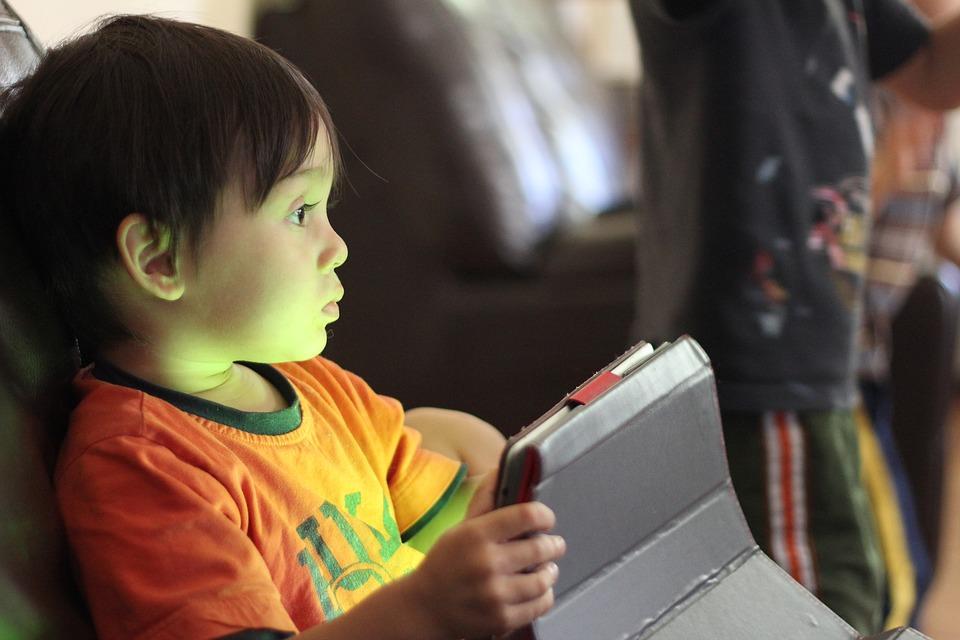 kids-playing-1253096_960_720.jpg