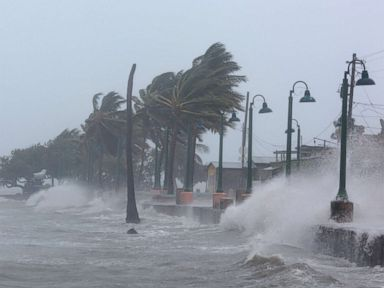 hurricane-irma-rt-1-er-170906_mn_4x3t_384.jpg