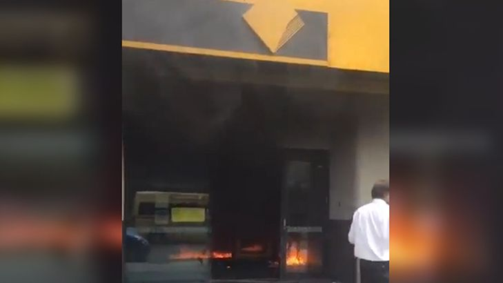 shocking-vision-of-springvale-bank-fire.jpg